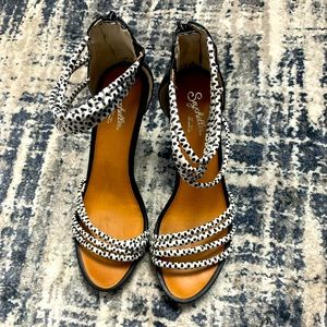 Like new Seychelles heels